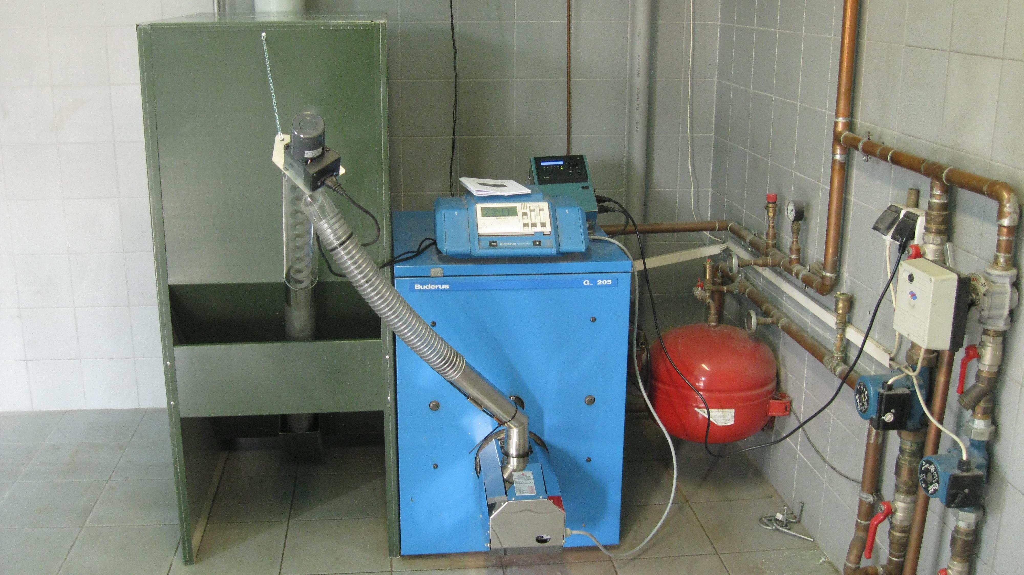 Bruciatore di pellet per conversione caldaie da gasolio a - Caldaia a pellet da esterno prezzi ...